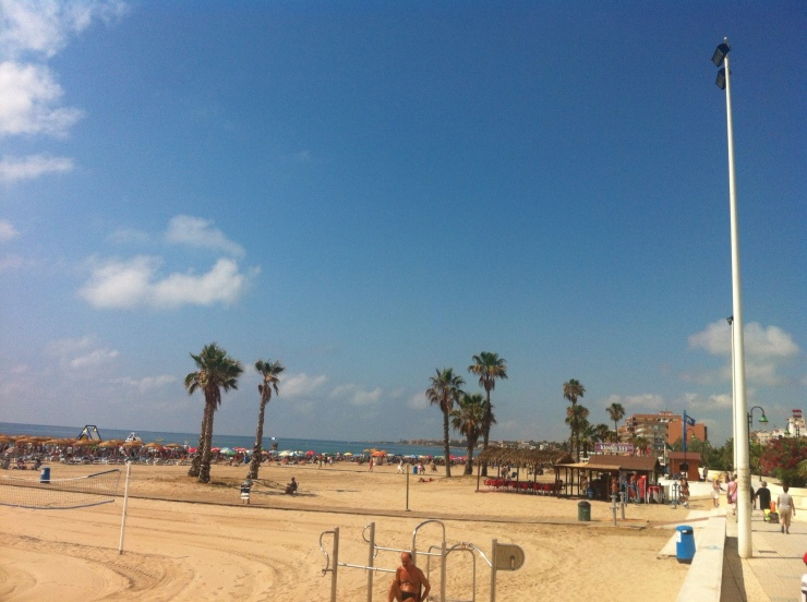 Närmsta stranden.. Los naufragos
