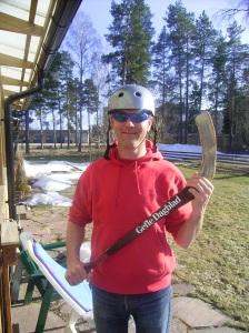 Från en tidig vårgrillning på Agavägen i Sandviken, inte bandymatch...