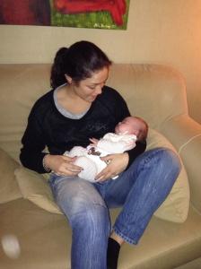 Gammel moster Karin med Agnes...